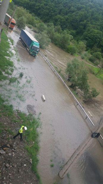 foto valcea oltului inundatii 1
