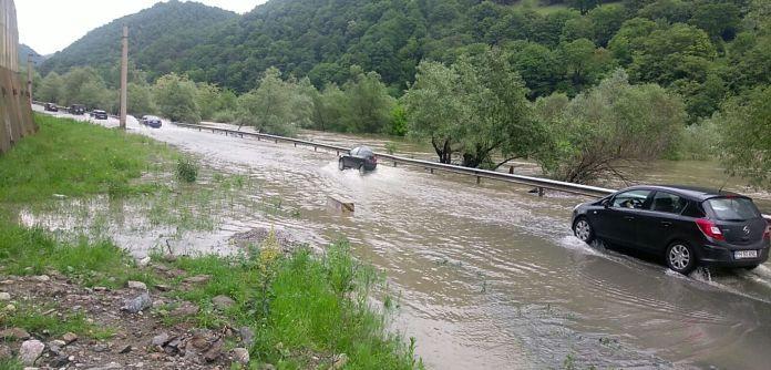 foto valcea oltului inundatii 3